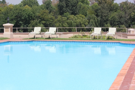 Swimming at the Riviera on Vaal