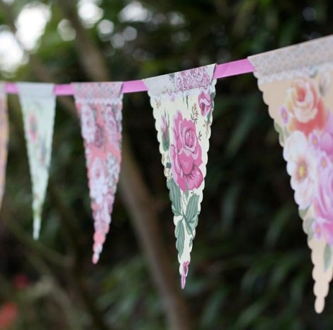 paper-bunting-country-garden-chintz-wedding-bunting