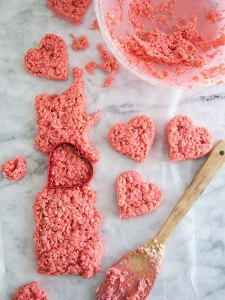 Valentines-Rice-Krispie-Treats-FoodieCrush-015